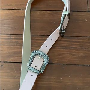 Pink double buckle belt